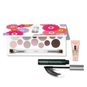 BNIB Clinique Light Up Your Eyes